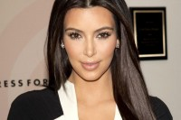 kim-kardashian-2014-style-hd-wallpapers-1