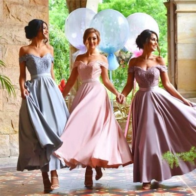 823c0595acb22d4b7a9f856ff8f61287--royal-blue-bridesmaid-dresses-lace-bridesmaids
